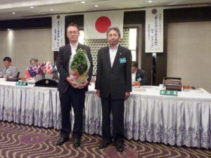 7月に結婚記念日を迎えられる廣川雅満さんを祝福