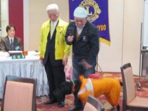 盲導犬利用者 比奈幸三さんより体験談を交えたお礼の言葉を賜りました