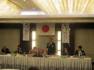 会長の開会の挨拶。本例会では次年度の役員が決まりました。