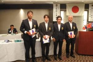 8月にお誕生日を迎えられる方 右から玉井孝雄さん、延平典嗣さん、緒方重樹さん